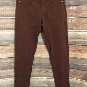 BDG burgundy zip ankle skinny jeans NWOT